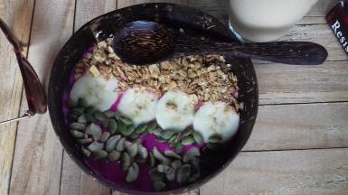 Pitaya smoothie bowl from Green Garden
